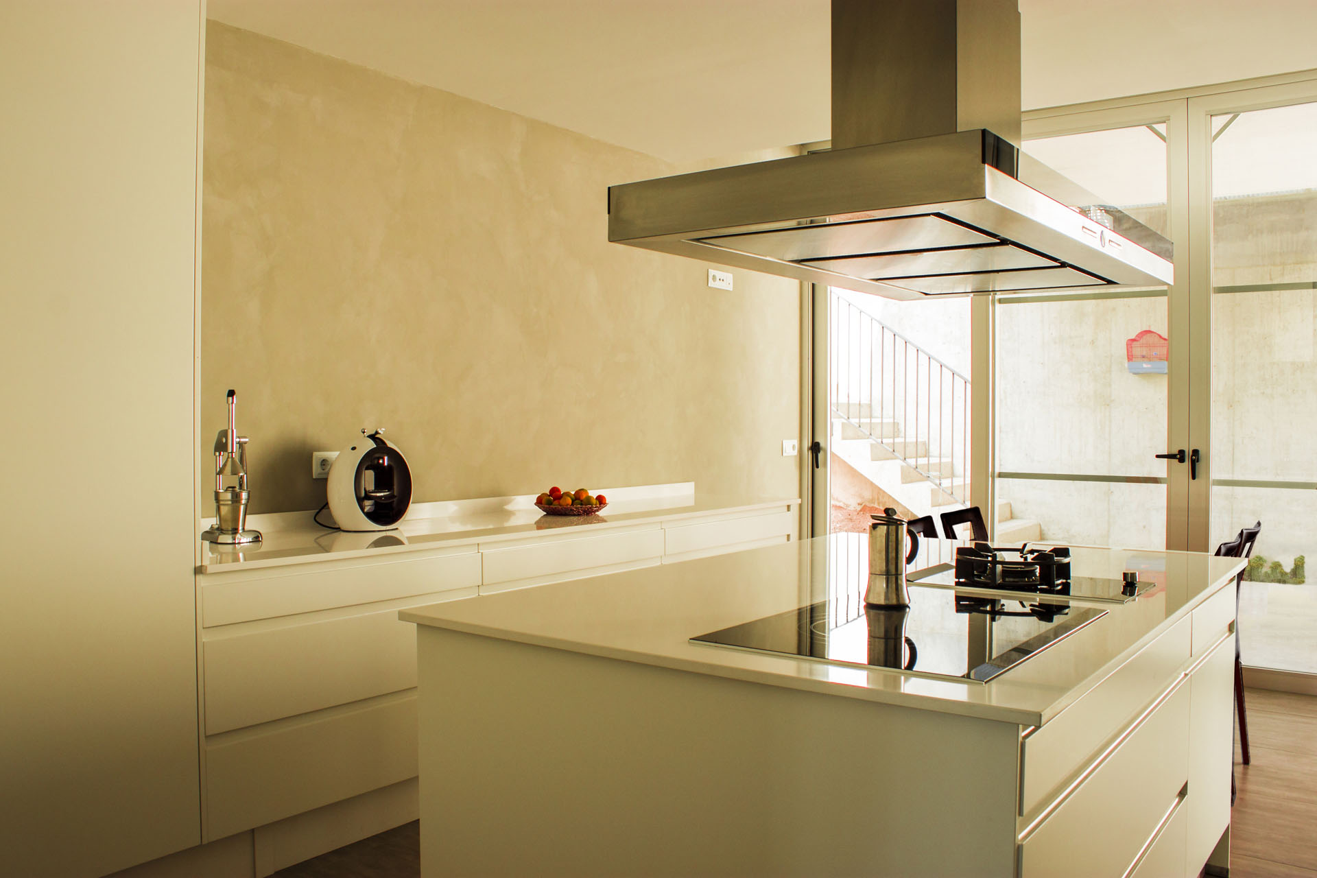 Vivienda unifamiliar tipo loft en monte horquera for Cocinas modernas valencia